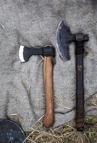 Different types of axes